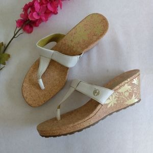 Timberland Woman's T Strap Wedge Thong Sandals